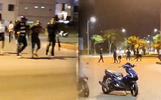 Video: Hàng chục thanh niên vác dao, kiếm hỗn chiến giữa TP Đà Nẵng