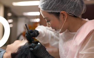 Tìm hiểu công nghệ điêu khắc sợi tóc giúp tóc dày như tự nhiên
