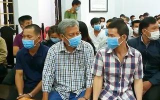 Video: Trịnh Sướng và các bị cáo trong vụ sản xuất 167 triệu lít xăng giả hầu tòa