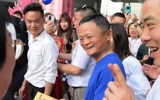 Video: Hình ảnh hiếm hoi của Jack Ma sau đồn đoán 'mất tích'