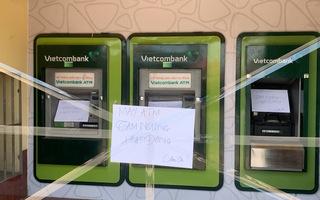 Video: Nhiều trụ ATM ở Bình Dương bị đập phá trong đêm
