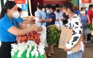 Video: Ấm lòng 'siêu thị 0 đồng' cho người lao động ở tâm dịch Bắc Giang