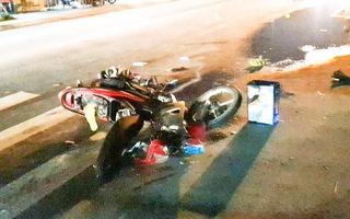 Video: Va chạm với xe tải, thiếu niên 13 tuổi tử vong trên đường đi học sửa xe về