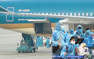 Video: Tạm dừng 1 tuần không đưa các chuyến bay chở người nhập cảnh về TP.HCM