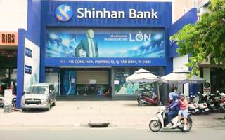 Video: Ai từng đến ngân hàng Shinhan Việt Nam ở quận Tân Bình liên hệ gấp cơ quan y tế
