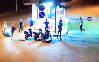 Video: Hai nhóm công nhân ẩu đả trước cổng khu công nghiệp Long Khánh
