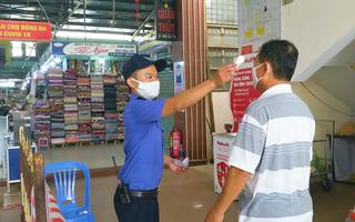 Video: Người dân Đà Nẵng bắt đầu đi chợ theo ngày chẵn, ngày lẻ
