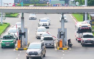 Video: Xe vào sân bay 10 phút, ACV thu phí từng loại xe giá tiền ra sao?
