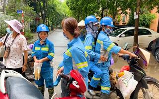 Video: Công nhân môi trường ở Hà Nội bị nợ lương đã được trả một phần