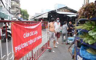 Video: Khoanh vùng khu bán cá của chợ Bà Chiểu do có ca dương tính từng đến mua hàng
