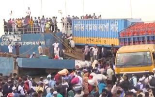 Video: Người lao động ùn ùn rời thủ đô Bangladesh trước giờ phong tỏa