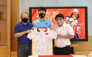 Video: HLV Park Hang Seo và cầu thủ Xuân Trường dự lễ tổng kết 'Giấc mơ World cup'