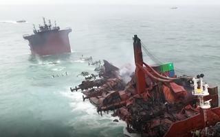 Video: Nhiều nước chạy đua ứng phó vụ chìm tàu chở 320 tấn dầu ở Sri Lanka
