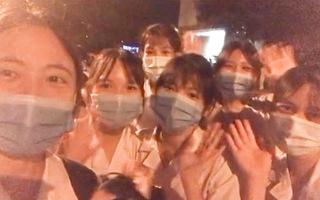 Video: Hơn 300 nhân lực từ Hải Dương hối hả đến TP.HCM góp sức chống dịch