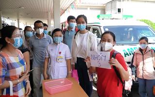 Video: 76 y bác sĩ Chợ Rẫy lên đường hỗ trợ điều trị COVID-19 tại TP.HCM