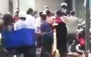 Video: Điều tra vụ người vi phạm chỉ thị 16 xô xát với tổ công tác ở Bình Tân