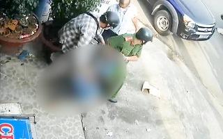 Video: Xác minh vụ người phụ nữ bị 'lôi' về phường vì cho rằng bán rau củ vi phạm