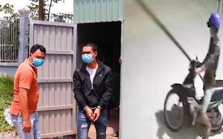 Video: Hai đối tượng ăn trộm xe máy đi qua chốt kiểm dịch... bị công an bắt giữ