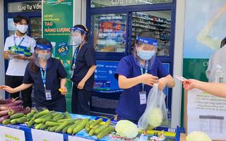 Video: Nhà thuốc, cửa hàng mỹ phẩm ở TP.HCM bán rau củ bình ổn giá