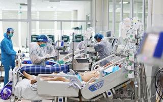 Góc nhìn trưa nay   Căng thẳng bên trong bệnh viện hồi sức COVID-19