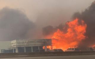Video: Nắng nóng gần 50 độ C ở Canada, cả thị trấn bốc cháy, hơn 480 người chết