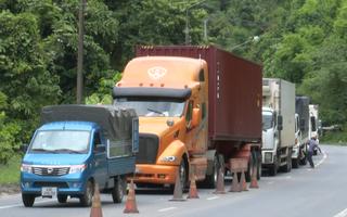 Video: Xe chở hàng vẫn tiếp tục ùn ứ ở cửa ngõ Lâm Đồng