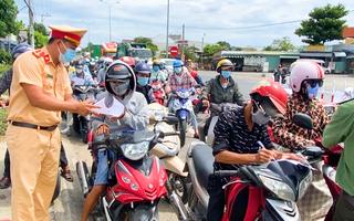 Video: Người từ Đà Nẵng đến Quảng Nam làm việc phải ở lại, nếu quay về, không được vào lại Quảng Nam
