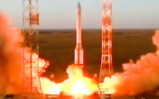 Video: Nga phóng phòng thí nghiệm có thể tạo oxy và tái tạo nước từ nước tiểu lên trạm vũ trụ