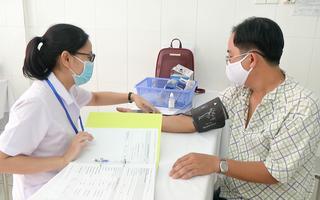 Video: Những lưu ý cho người trên 65 tuồi, người có bệnh nền khi tiêm vắc xin phòng Covid-19