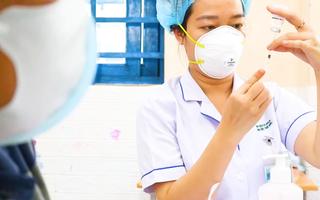 Video: Đại biểu Quốc hội kiến nghị mở tiêm vắc xin dịch vụ để nhiều người tiếp cận
