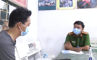 Video: Khởi tố 'cha dượng' hành hạ bé trai 5 tuổi tại Bình Dương