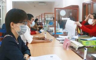 Video: Rất đông người làm hồ sơ bảo hiểm thất nghiệp tại Đắk Lắk, lo ngại nguy cơ lây lan dịch