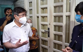 Video: Chủ tịch UBND TP.HCM yêu cầu không để chậm trễ trong tiếp nhận, ứng cứu F0