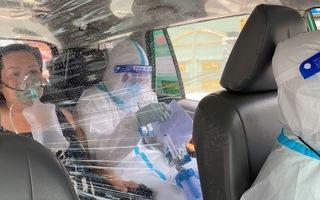 Video: Cận cảnh hành trình cấp cứu F0 trên chuyến xe taxi đặc biệt