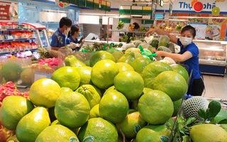 Video: Hàng ở siêu thị dồi dào, bắt đầu chuyển đến dân thông qua chính quyền