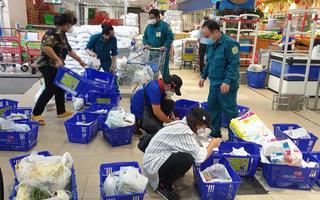 Video: Đơn đặt hàng dồn dập, nhiều siêu thị đáp ứng không xuể vì thiếu người làm