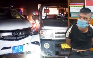 Video: Trộm xe tải lao qua chốt kiểm dịch, đâm vào xe CSGT ở Bình Thuận