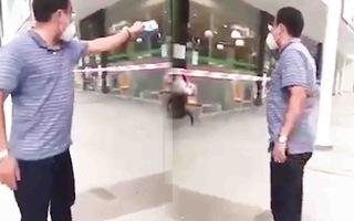 Video: Ông Hồ Hữu Nhân, người xưng thành viên 'Ban chỉ đạo phòng chống dịch' la lối ở siêu thị, bị khởi tố