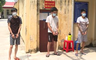 Video: Mặc áo blouse trắng, đóng giả nhân viên y tế để thông chốt mua ma túy