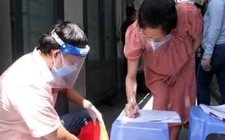 Video: Hỗ trợ đợt 3 ở TP.HCM, dự kiến 1 triệu đồng/người/lần không phân biệt thường trú, tạm trú
