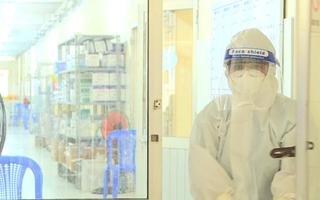 Video: Một bệnh viện ở Đồng Tháp có 31 y bác sĩ nhiễm COVID-19 điều trị khỏi, quay lại phục vụ