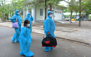 Video: Những chuyến xe đặc biệt đưa gần 200 thai phụ, trẻ em từ TP.HCM về quê Ninh Thuận