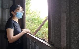 Video: Bị ung thư máu phải 'lén' bố mẹ học cấp 3, Trang vẫn quyết tâm vào đại học