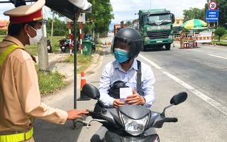 Video: Nhiều người dân than phiền Đà Nẵng cho về, Quảng Nam không nhận