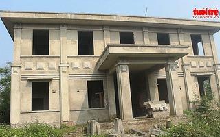 Bỏ tiền tỷ xây trạm y tế rồi… bỏ hoang