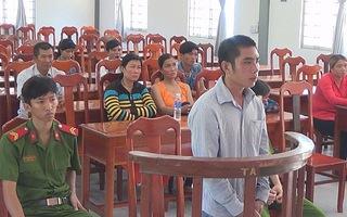 Chở đường lậu tông chết người lãnh án 18 tháng tù