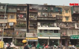 Người dân chưa chịu di dời dù chung cư xuống cấp nghiêm trọng