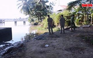 Đang câu cá phát hiện xác chết trôi sông