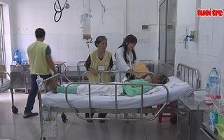 Cứu sống hai bệnh nhân bị rắn cạp nia cắn