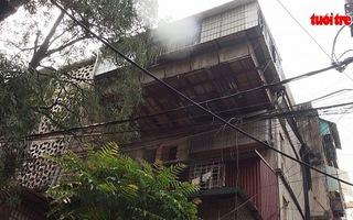 """Hiểm họa cháy nổ từ chung cư """"chuồng cọp"""""""